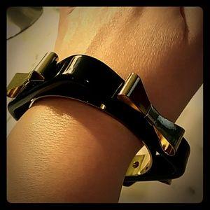 TED BAKER Black Enamel & Gold Bow Bracelet